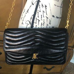 ANNE KLEIN vintage crossbody w/gold chain purse.